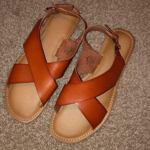 Old navy brown sandals